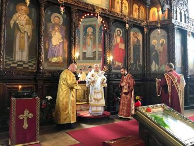 На Велики Четвъртък митрополит Киприан извърши ритуала  умиване на нозете