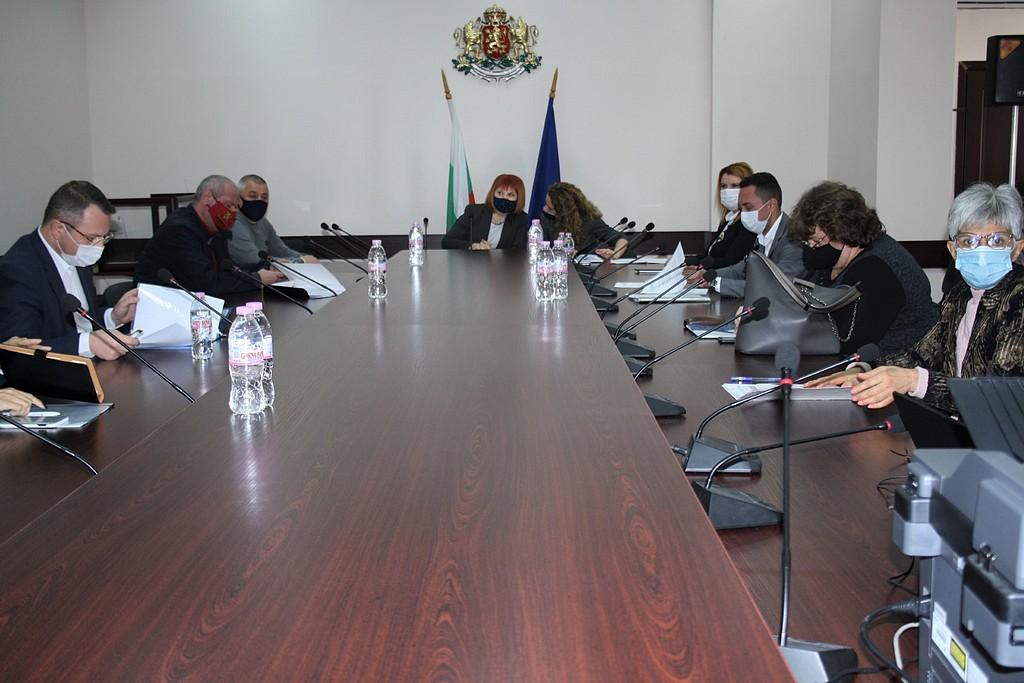 БСП и ДПС спорят чий да е секретарят на РИК - Стара Загора