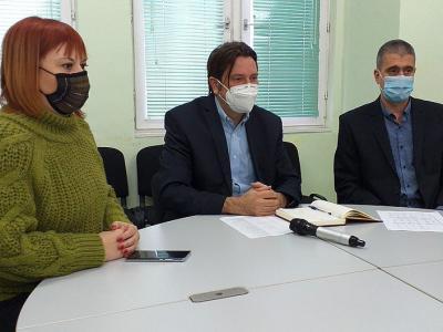 Разкриват денонощен имунизационен кабинет в Стара Загора, пускат и 3 мобилни екипа