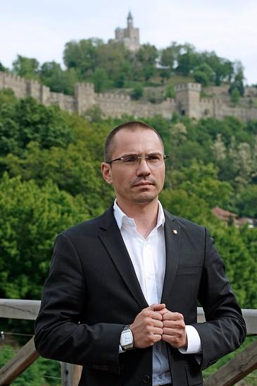 Ангел Джамбазки: Повишаването на доходите на българите е приоритет №1 за ВМРО