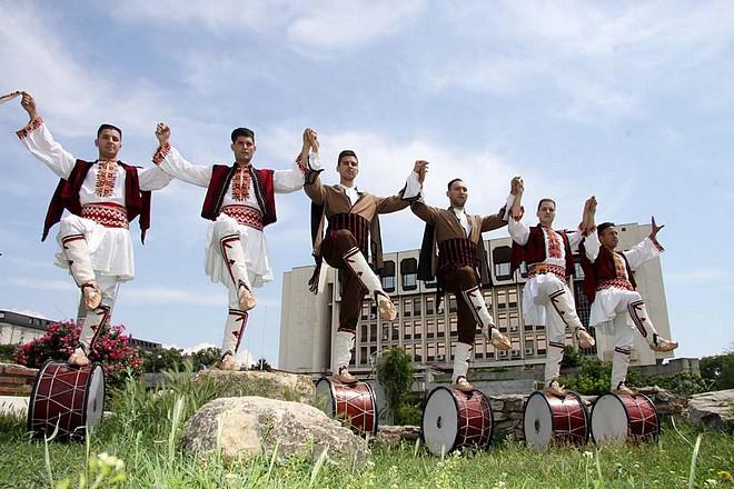 Стара Загора отбелязва Великден с концерт на фолклорен ансамбъл  Загоре